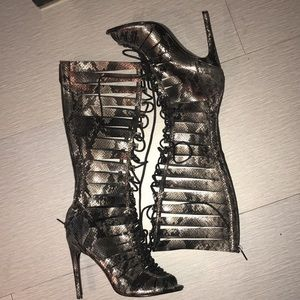 ‼️SALE‼️ Steve Madden high lace up shoes